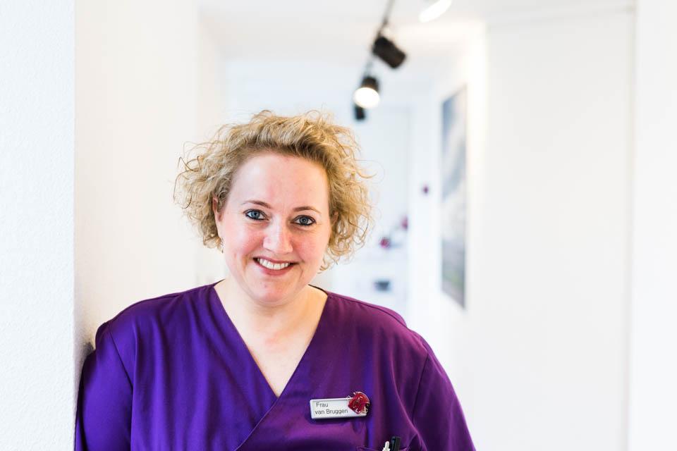 Stefanie van Bruggen – ZFA/ZMV/Praxismanagerin, Verwaltung, Abrechnung