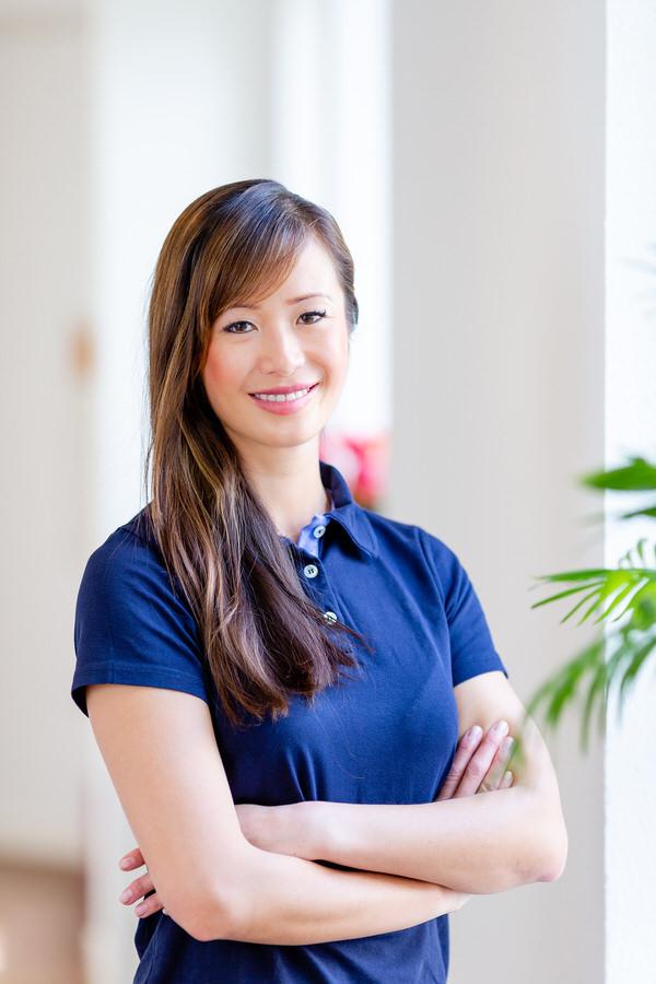 Vi Truong - Zertifizierte Implantologin